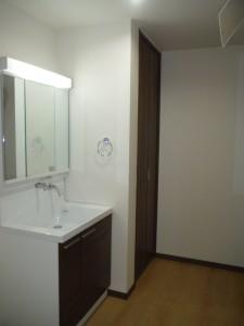 B・洗面室
